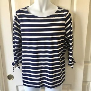 Old Navy Nautical Blue & White Stripped Top XL